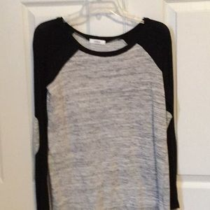 Women's long sleeve black top